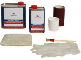 Epoxy resin kit for fiberglass repairs