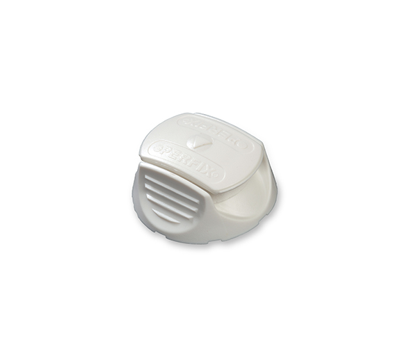 plastic brooch with cap White 10 units